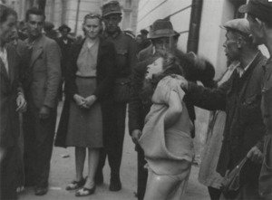 Historical photo of Lviv pogram against Jews and Poles in 1941