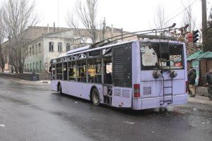 Transit bus in Donetsk shelled on Jan 22, 2015, 12 killed