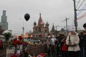 The day after, scene of the Feb. 27, 2015 killing of Boris Nemtsov, photo by Graham Phillips