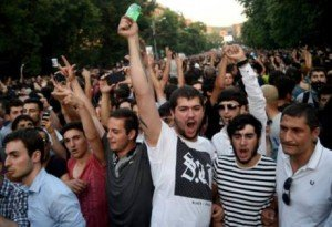 Protest in Yerevan, Armenia June 23, 2015 (Асатур Есаянц , RIA)