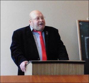 Professor Sergei Baryshnikov speaking to visiting media delegation in Donetsk on April 16, 2015 (Roger Annis)