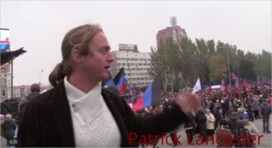 Flag Day in Donetsk on Oct 25, 2015 (YouTube screenshot of Patrick Lancaster channel)