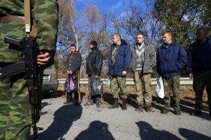 Ukrainian soldiers during a prisoner exchange in Lugansk on Oct 29, 2015