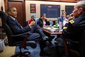 President Obama meets with his national security advisors in Aug 2014 (White House photo)