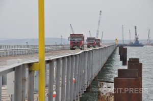 Bridge from Russia to Crimea under construction, Sept 2015 (CIT press photo)