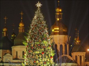 Christmas tree in Kyiv (photo by Serg Glovny, Zuma Press-Corbis)