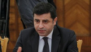 Selahattin Demirtas, co-chair of the Peoples' Democratic Party (HDP) speaks during meeting with Russian Foreign Minister Sergey Lavrov in Moscow Dec. 23, 2015 (photo by Maxim Shemetov. Reuters)