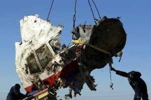 Wreckage of MH17 is recovered on Nov 20, 2014, four months after accident (Antonio Bronic, Reuters)