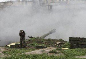 Armenian artillery in Nagorna-Karabach region, April 3, 2016 (Vahram Baghdasaryan, Rueters)