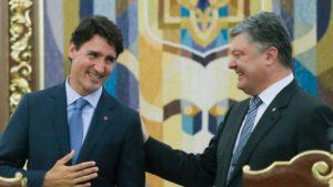 Canadian Prime Minister Justin Trudeau and Ukrainian President Petro Poroshenko, in Kyiv on July 11, 2016 (Efrem Lukatsky, AP)