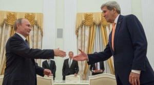 Russian President Vladimir Putin meets with U.S. Secretary of State John Kerry in Moscow on July 14, 2016 (Sergey Guneev, Sputnik)