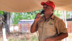 """El Maizal's communal leader Angel Prado remembers of Chávez's legacy of """"Communes or Nothing"""" and reminds attendees that criticism and critical thinking are necessary to continue the offensive towards socialism and the communal state."""
