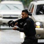Venezuela detiene a 3 paramilitares e incauta armas de EEUU y Colombia