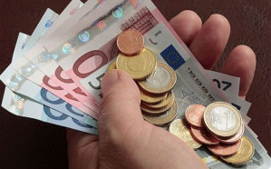 Coronavirus: Spain to become first country in Europe to roll out universal basic income